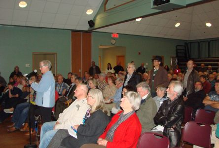 TBL council adopts resolution supporting pool project