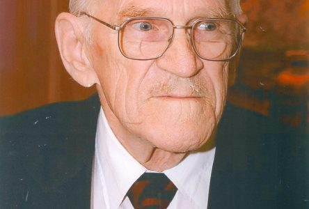 """""""You don't go to war to earn a paycheque"""". A profile of the late George Cartwright"""