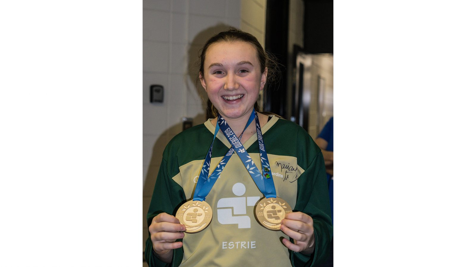 Double speed skating gold medals for Amelia Blinn