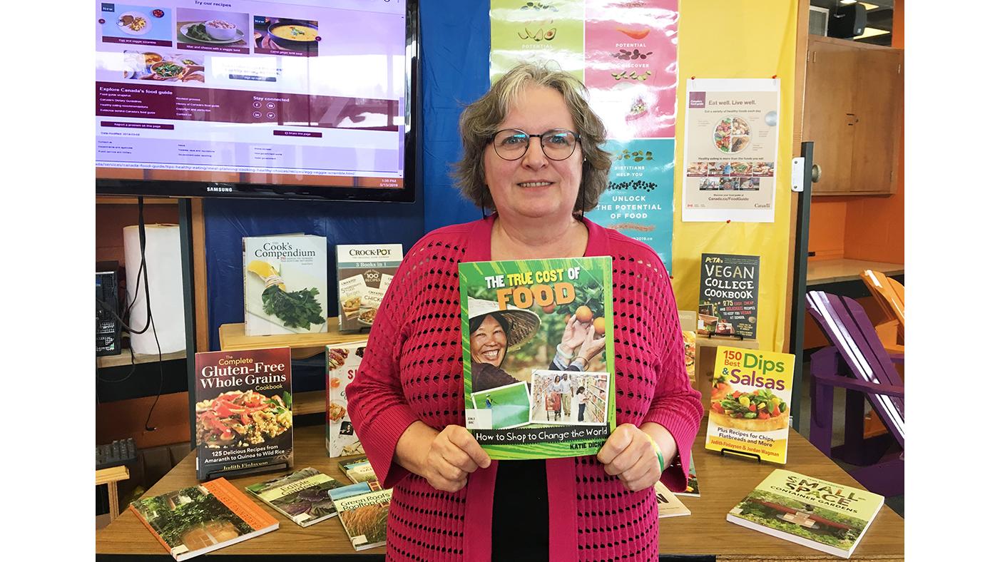 Meet your neighbour: Judith Munger, librarian extraordinaire!