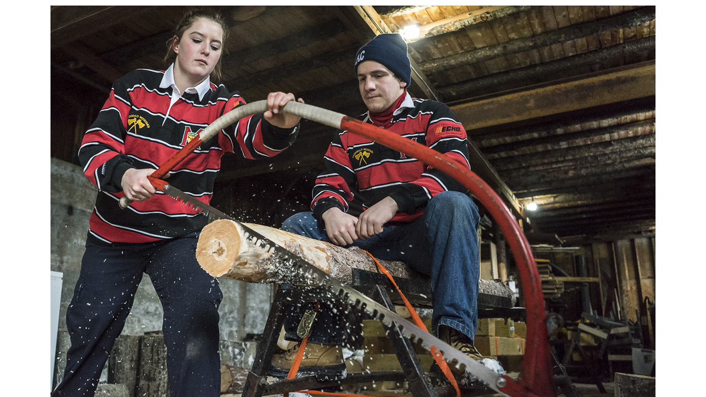 Strange sports in the Townships: Woodsmen competitions