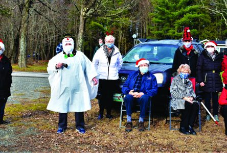 Bulwer Golden Age Club Christmas drive-through
