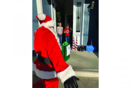 Santa visits Lennoxville after all