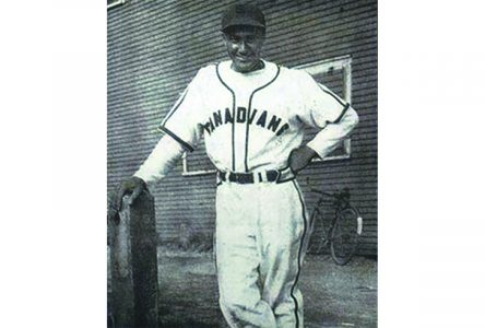 Manny McIntyre, Canada's first Black professional baseball player