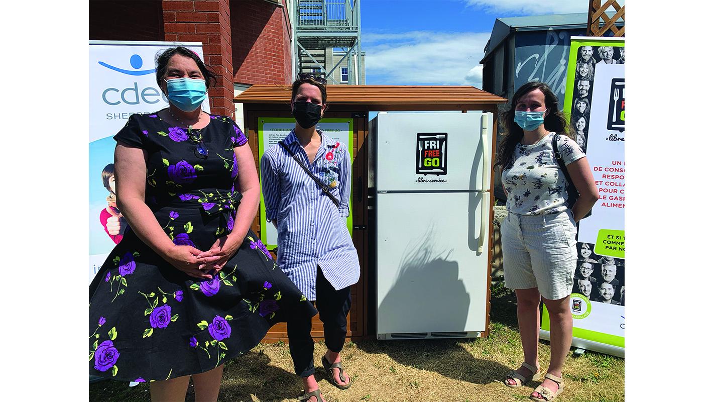 Lennoxville unveils summer plans, community fridge in Square Queen