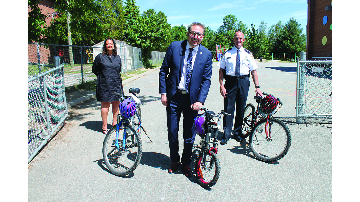 Sherbrooke returns to recycling  for bicycling