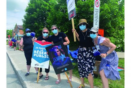 Health professionals and technicians put pressure on Quebec government