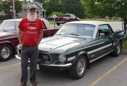 Friday File-Vintage Car Club