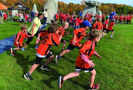 Sunnyside hosts neighbouring schools for cross country run